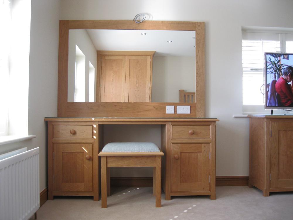 Bespoke Dressing Table Harrogate Inglish Design Bespoke  : Bedroom 3 from www.inglishdesign.co.uk size 1000 x 750 jpeg 75kB